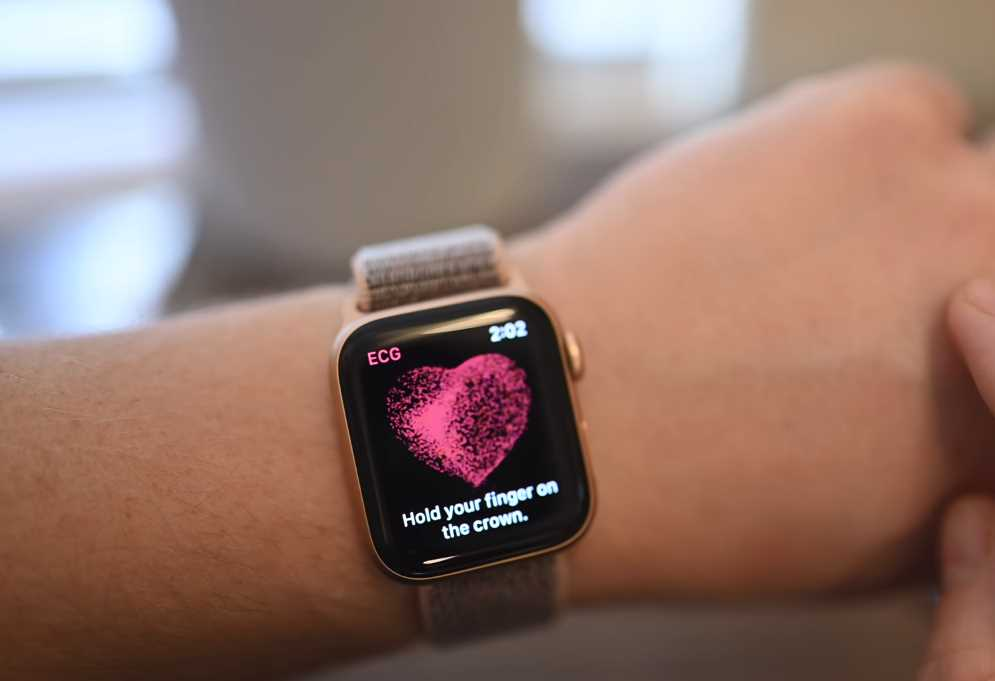 How to Take An ECG Test on Apple Watch Series 4
