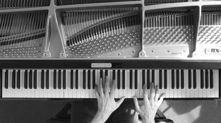 Piano Cover of Pink Floyd's 'Comfortably Numb'