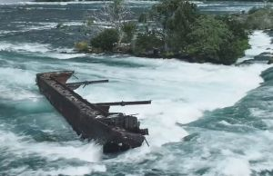 100 Years Old Shipwreck On Top of Niagara Falls