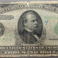 Teller Shared a Photo of Rare $1000 Bill a Customer Brought in to Deposit