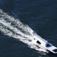 9-Meter-Long Ship Looks Like a Zip Fastener