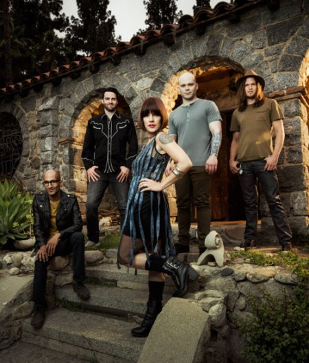 Flyleaf-main-press-photo