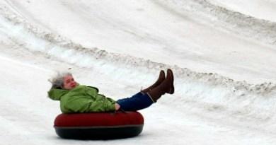 snow tubing horseshoe alexa - by Julie Height-002