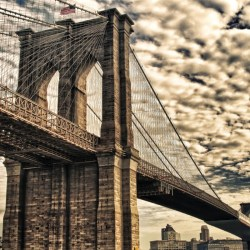 The Top 10 Secrets of The Brooklyn Bridge