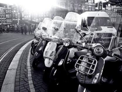 Amsterdam_Vespa