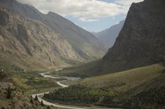 Am Fluss Bhaga auf dem Weg nach Sarchu