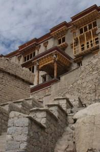Aufstieg zum Königspalast Shey