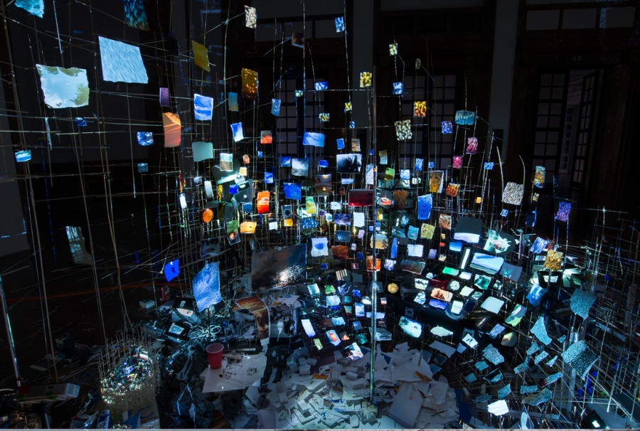 Sarah Sze Centrifuge Haus der Kunst 2017 Installationsansicht/ Installation view Photo: Mike Barnett Courtesy of Tanya Bonakdar Gallery and Victoria Miro Gallery © Sarah Sze