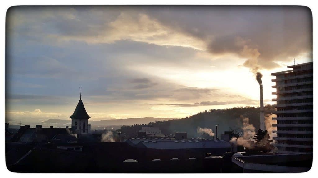 Aussicht Lörrach mit Stadtkirche und KBC Turm