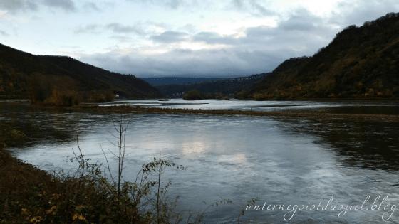 Schlechtwetterfotografie am Rhein
