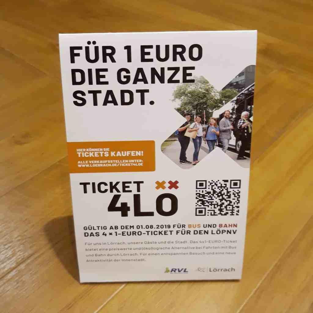 Werbetafel für das Ticket4lö. Für 1 Euro in der ganzen Stadt Bus fahren in Lörrach