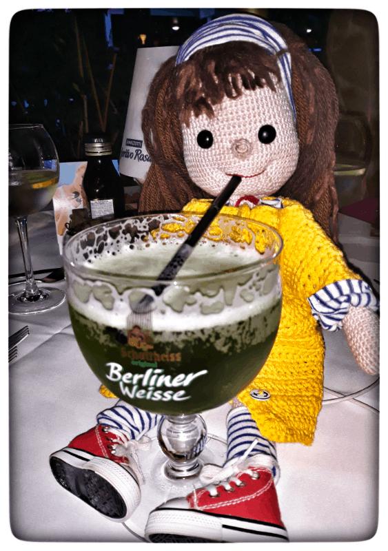 Lilo trinkt Berliner Weisse