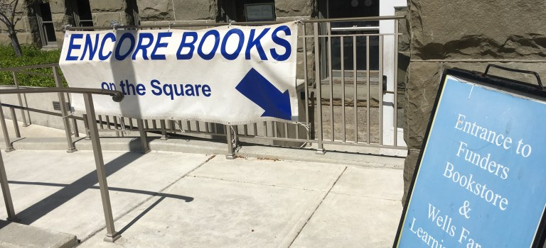 Sign for Encore Book in Redwood City