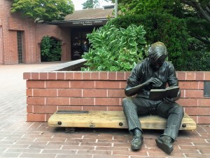 'Out to lunch' sculpture at the Sunnyvale library