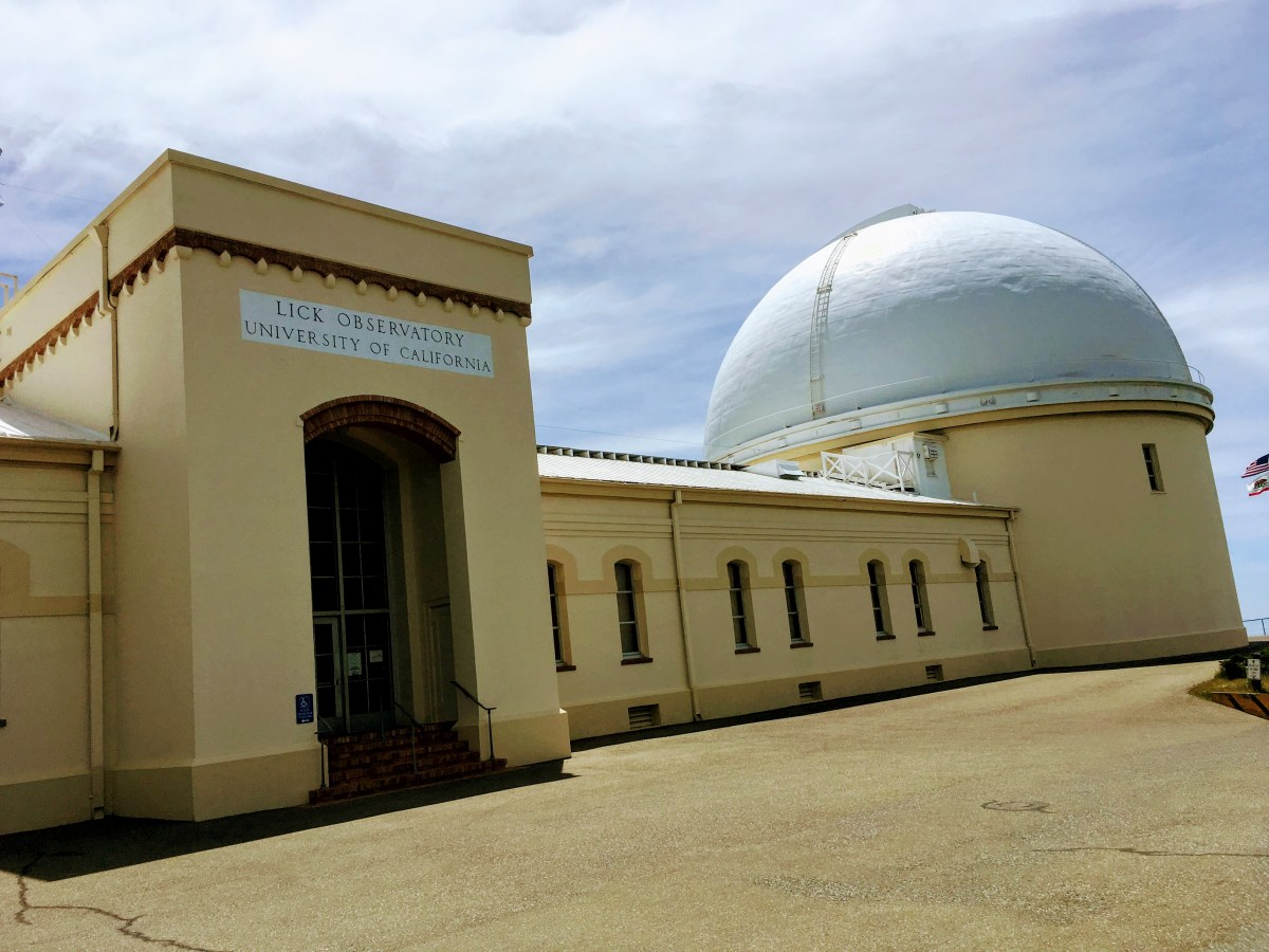 Small lick observatory dome operation