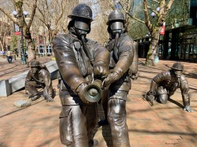 Firemen bronze