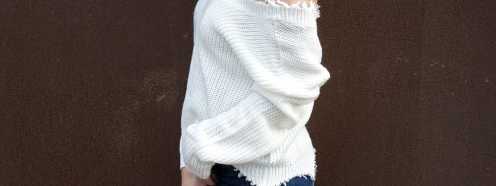 Fashionable Sweaters That Make Transitioning Into Fall Easy | Until The Very Trend