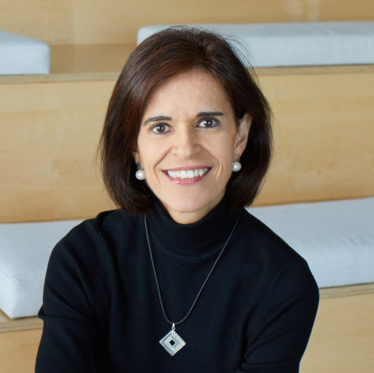 Laura Marino Headshot - Leading Women in Technology