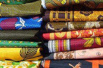 Goutte-d-or-tissu-africain-mode-guide