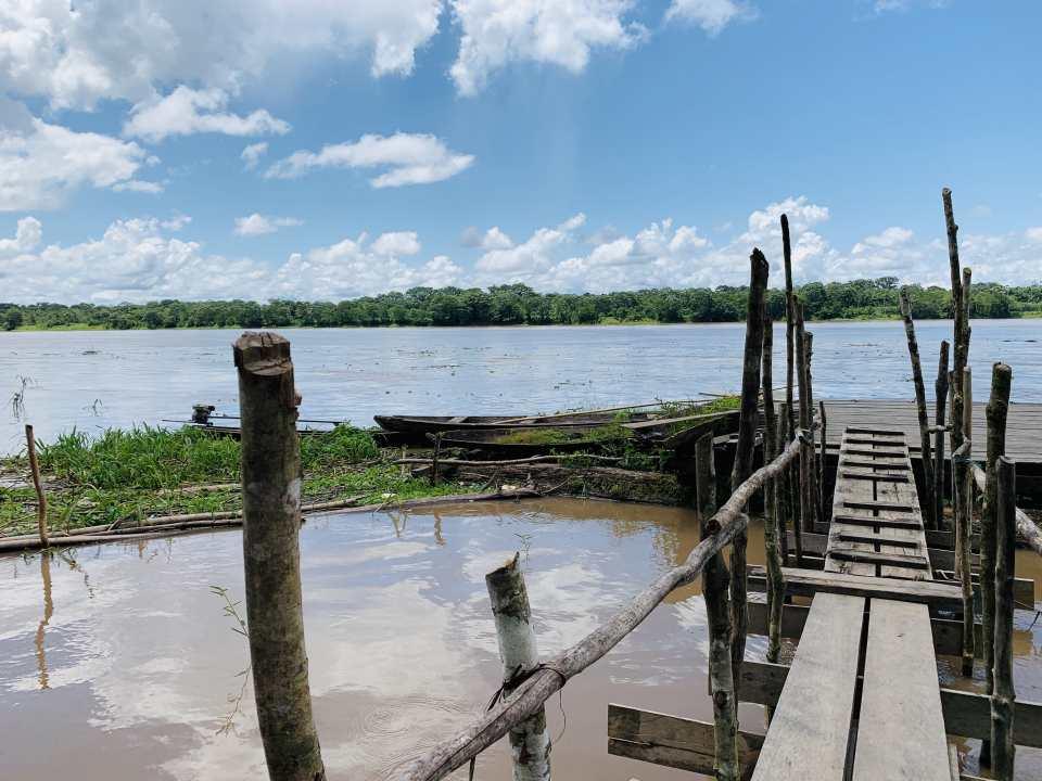 Bootsteg am Amazonas