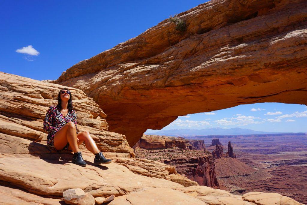 canyonlands-mesa-arch