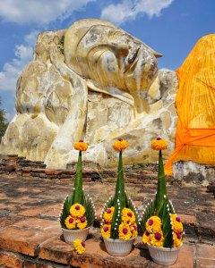 Ayutthaya Wat Lokayasutharam