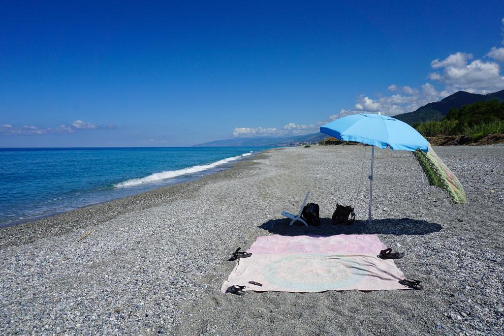 spiaggia fiumefreddo bruzio