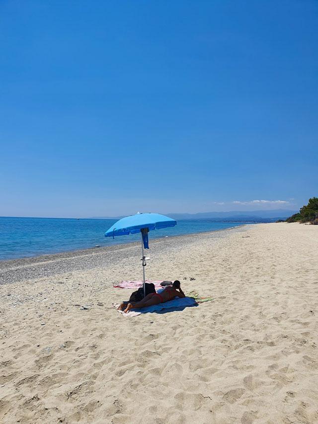 spiaggia roccella ionica
