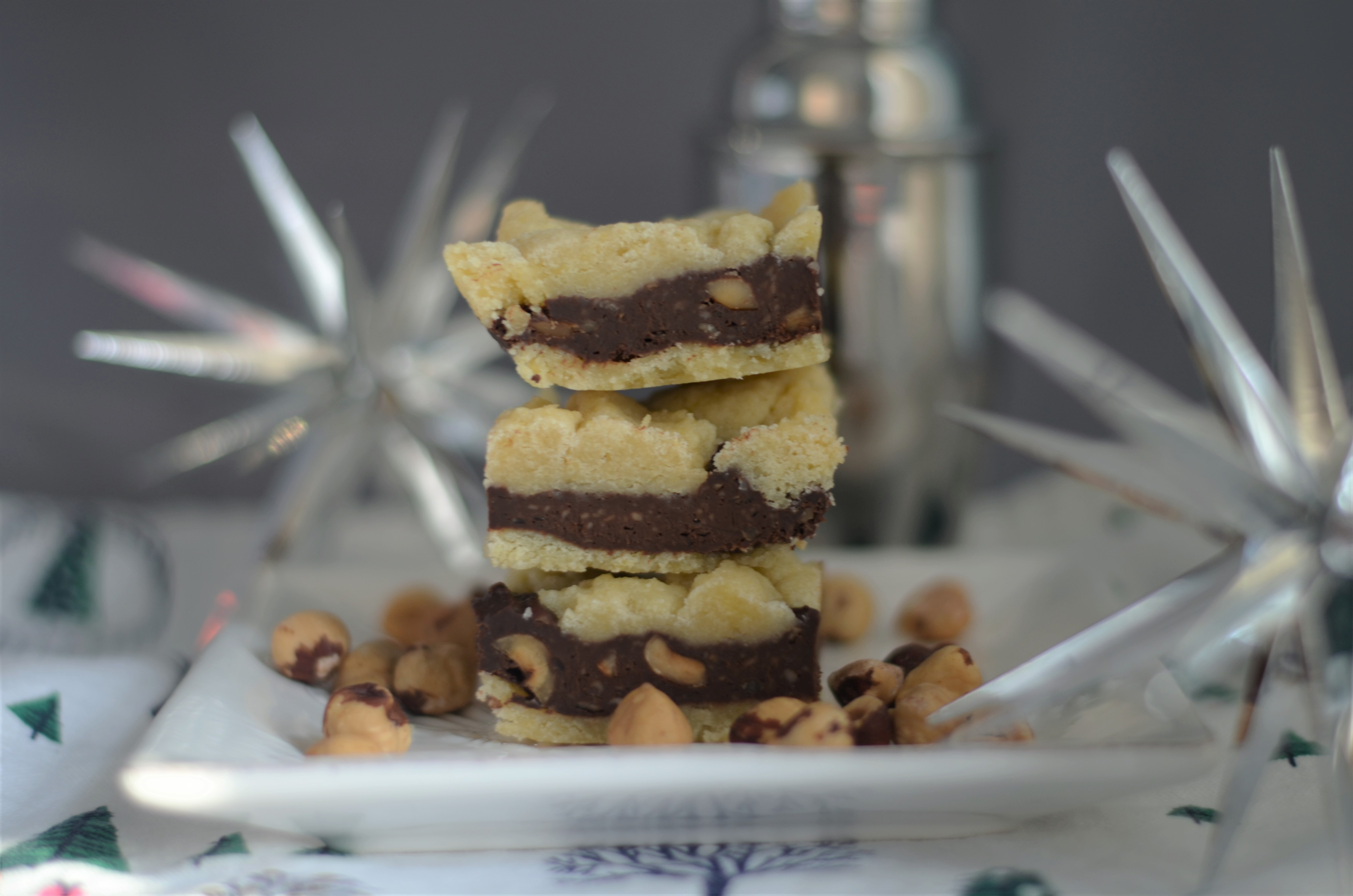 hazelnut split level bars