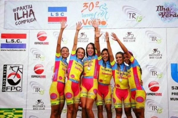 Memorial Female Team (6)