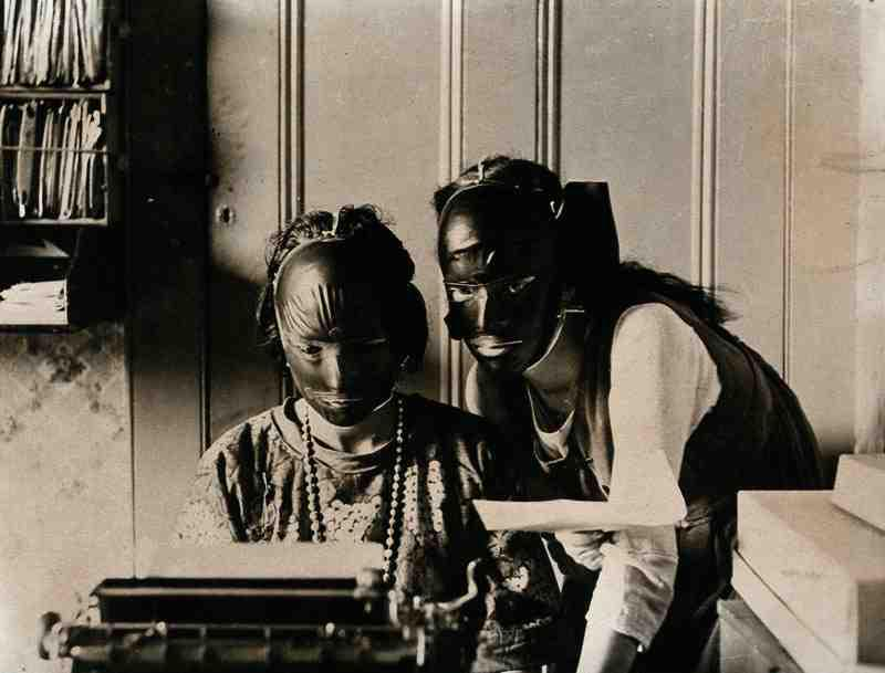 "Rubber ""beauty masks"" worn to get rid of wrinkles and skin imperfections. 1921."
