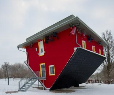 upsidedownhouse1