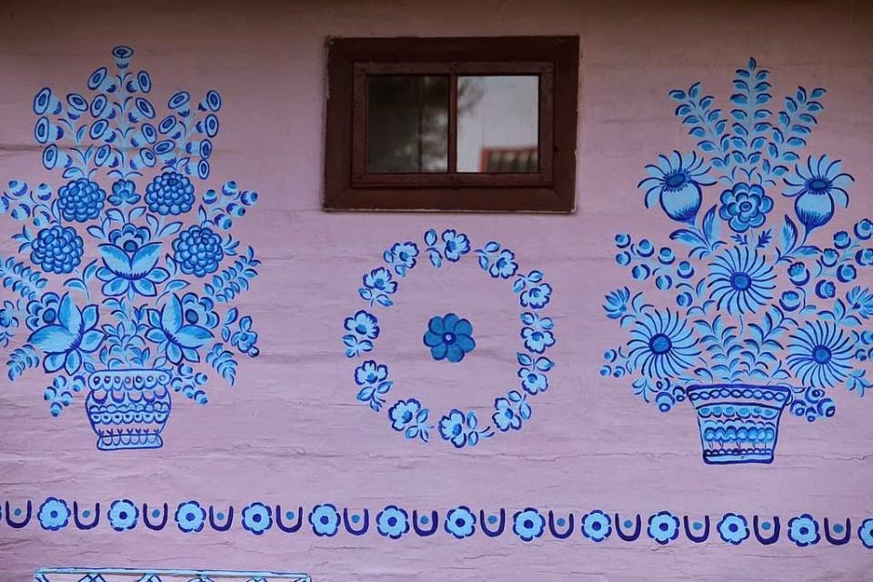 zalipie_poland_painted_village_flowers_15