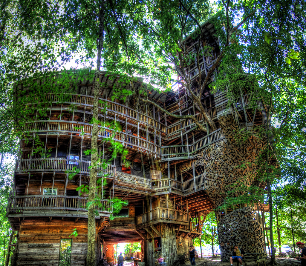 Biggest Treehouse In The World Inside the minister's tree house – the largest tree house in the world