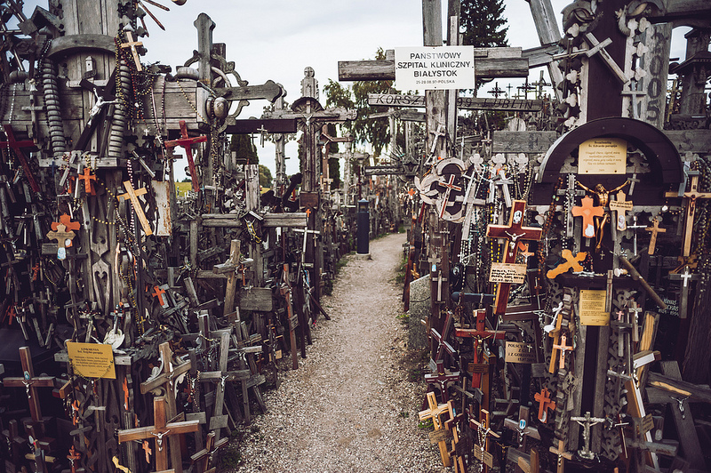 hill-of-crosses5