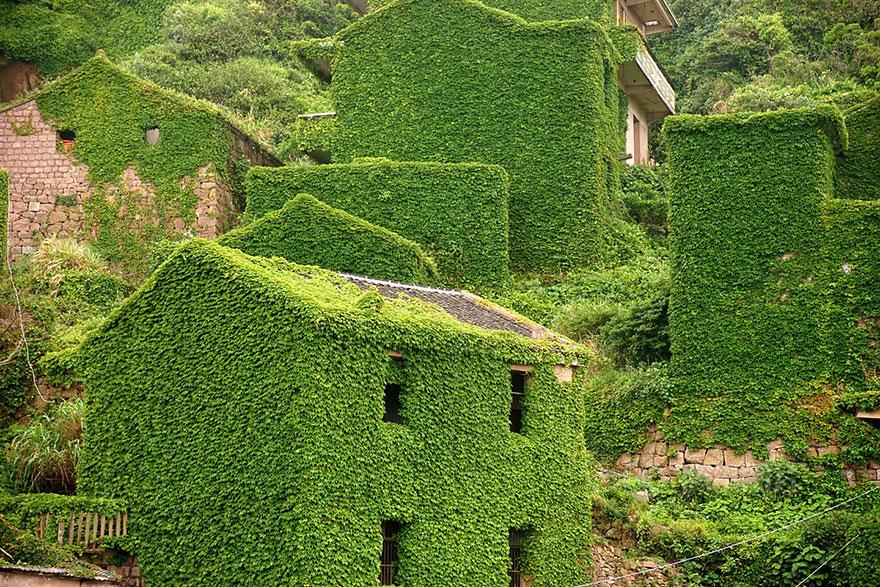 abandoned-village-zhoushan-china-6