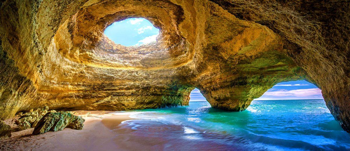 Into da Caverna de Benagil, Portugal