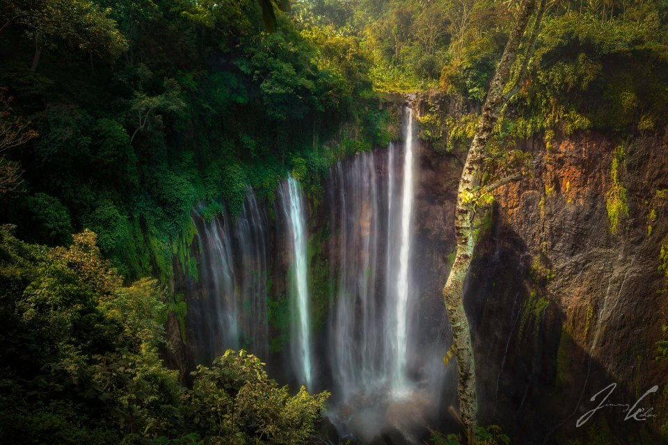 Luminance of Tumpak Sewu