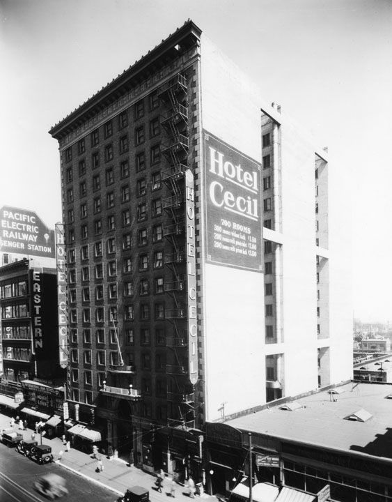 Hotel Cecil, photographed in 1928. Los Angeles Public Library photo collection