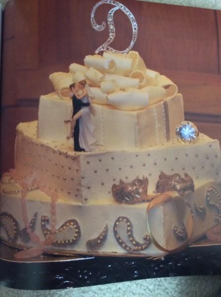 Box cake with diamonds and couple