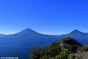 El Volcán Toliman y el Volcán San Pedro