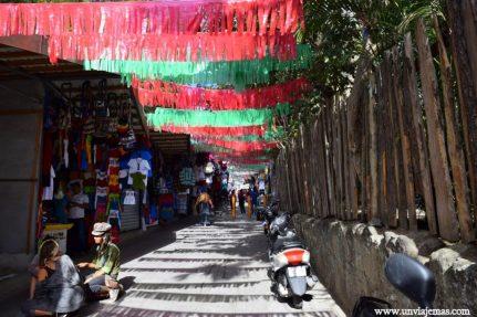 Panajachel y sus mil puestos de souvenirs