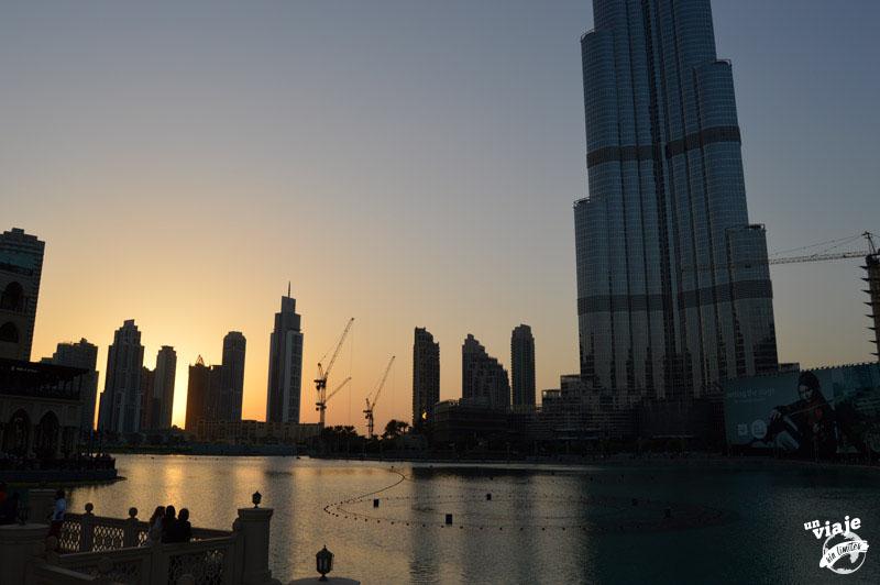 Dubai. Una escala de 15 horas.