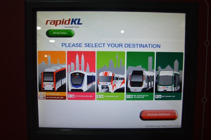 Transporte público en Kuala Lumpur, Malasia.