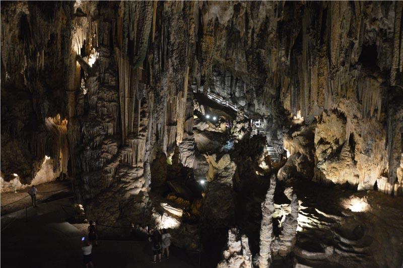 Cuevas de nerja, horarios