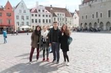 Sur la place principale, Tallinn