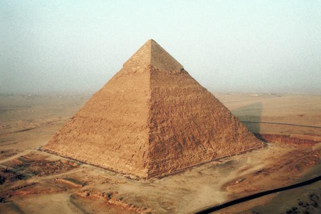 13 символов Иллюминатов и их значения. The-Great-Pyramid-of-Egypt-Giza