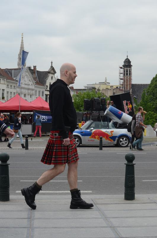 europe street style belgium