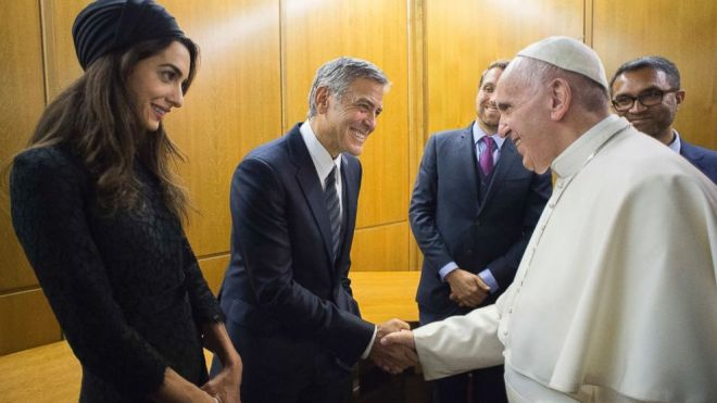 what to wear to meet the pope amal clooney george clooney