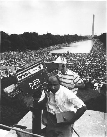 """""""Civil Rights March on Washington, D.C. [WNBQ/ National Broadcasting Company television crew (Channel 5) with Washington Monument and crowd in background."""" (306-SSM-4C-43-26)"""